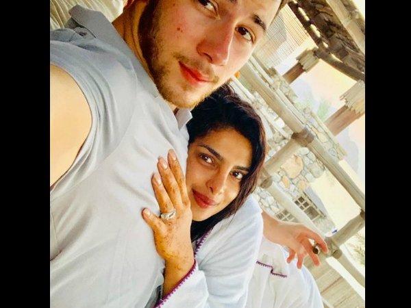 प्रियंका चोपड़ा ने निक जोनस के साथ शेयर की, हनीमून की रोमांटिक PHOTO