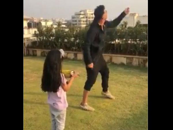 मकर संक्राति पर अक्षय कुमार ने उड़ाई पतंग, बेटी ने पकड़ी फिरकी, Video वायरल