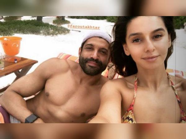 फरहान अख्तर के साथ गर्लफ्रेंड शिबानी दांडेकर की HOT तस्वीरों ने मचाया हंगामा