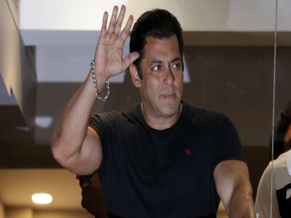 अक्षय, आमिर- शाहरुख ने जो नहीं किया वो पहली बार सलमान करेंगे, खुद के साथ Dhamaka !