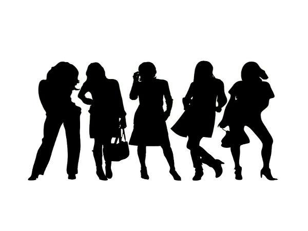 30 की उम्र में भी बेहद खूबसूरत दिखती हैं ये 7 सुपरस्टार एक्ट्रेस, करती हैं सबसे अधिक कमाई !