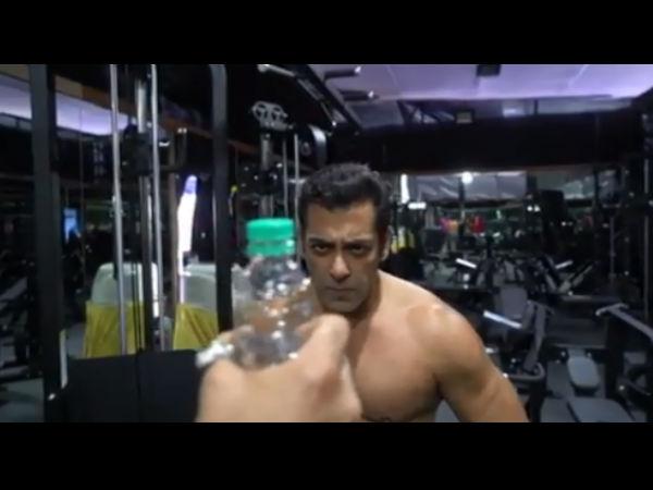 BottleCapChallenge- सलमान खान ने अलग ही अंदाज में पूरा किया चैलेंज- Video देख हंसने लगेंगे आप