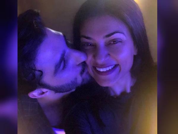 सुष्मिता सेन को रोहमन शॉल ने किया Kiss तो क्या बोलीं अभिनेत्री- शानदार फोटो वायरल