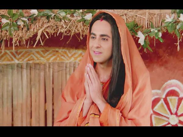 आयुष्मान खुराना ने दिया मज़ेदार मैसेज- ''रक्षाबंधन के दिन पूजा को कॉल ना लगाएं''- VIDEO