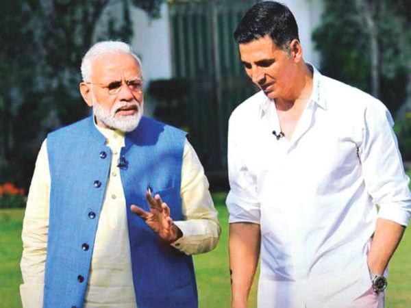 """अक्षय कुमार से लेकर तापसी पन्नू तक आए साथ, पीएम मोदी को पसंद आया """"मुस्कुराएगा इंडिया"""", की तारीफ"""