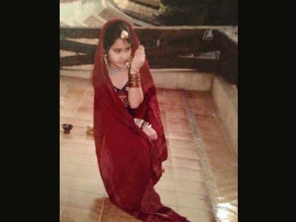 सारा अली खान ने शेयर की बचपन की तस्वीरें, हमेशा से ड्रामा क्वीन