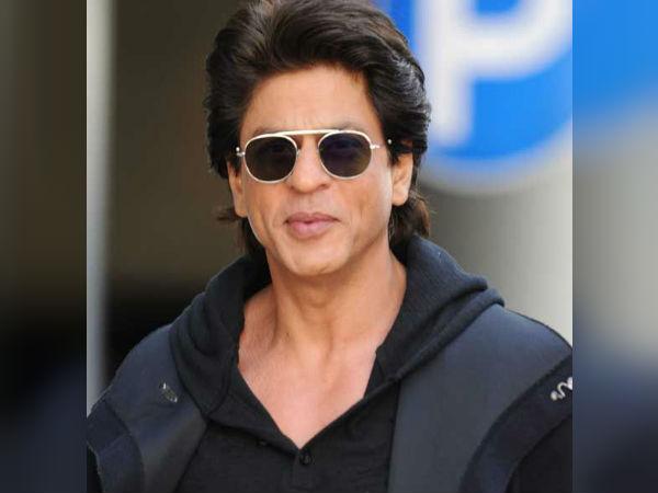 शाहरुख खान के फैन ने दी जान देने की धमकी- सुपरस्टार से नए साल पर कर रहे हैं ये मांग