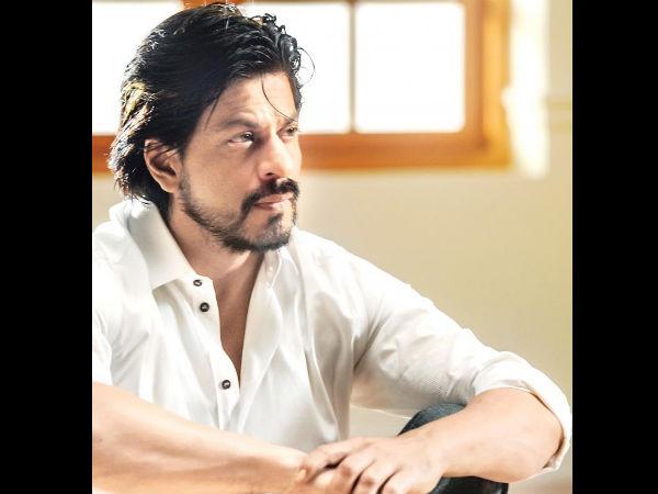 मैं  हमेशा चिंता करता हूं, कलाकार होने के नाते मैं बहुत शांत और अकेला हूं- शाहरुख खान