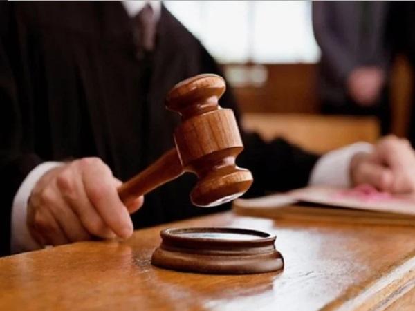 फ्लाइट में एक्ट्रेस के साथ छेड़छाड़ मामले में विकास सचदेवा को 3 साल की सजा, जानिए क्या था मामला
