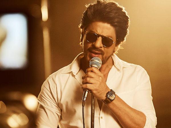 ऋतिक रोशन के बाद, अब शाहरुख खान के साथ बिग बजट एक्शन फिल्म करेंगे ये निर्देशक?