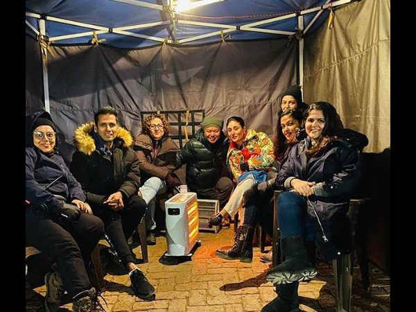 कड़ाके की ठंड में शूटिंग कर रही हैं करीना कपूर खान- लाल सिंह चड्ढा के सेट से वायरल हुई तस्वीर