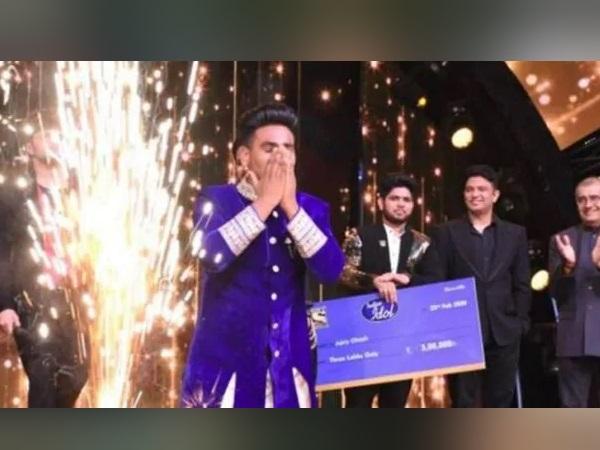 इंडियन आइडल 11 के विनर बने सनी हिंदुस्तानी, मिलेगा टी-सीरीज की अगली फिल्म में गाना गाने का मौका