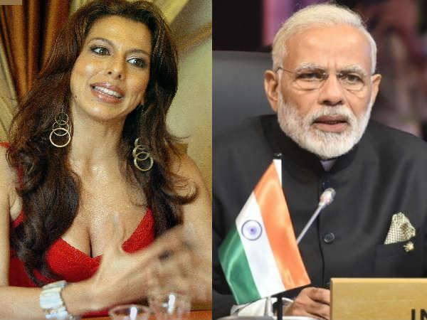 पीएम नरेंद्र मोदी ने कहा छोड़ देंगें सोशल मीडिया- पूजा बेदी ने नोटबंदी को लेकर ली चुटकी