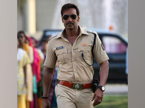 मुंबई पुलिस के लॅाकडाउन जवाब पर अजय देवगन का जबरदस्त ट्वीट- जब बोलेंगे सिंघम खाकी पहन आ जाएगा