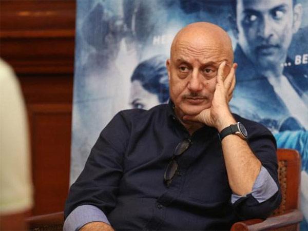 अनुपम खेर ने सुशांत सिंह राजपूत केस पर तोड़ी चुप्पी, जारी किया वीडियो- कहा, 'फैसला तो होना चाहिए'