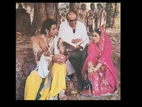 राम-सीता का पर्दे के पीछे ऐसा नजारा, देखने लगे लक्ष्मण-भरत, राामायण की अनदेखी तस्वीर Viral