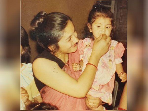 अनुष्का शर्मा की मां