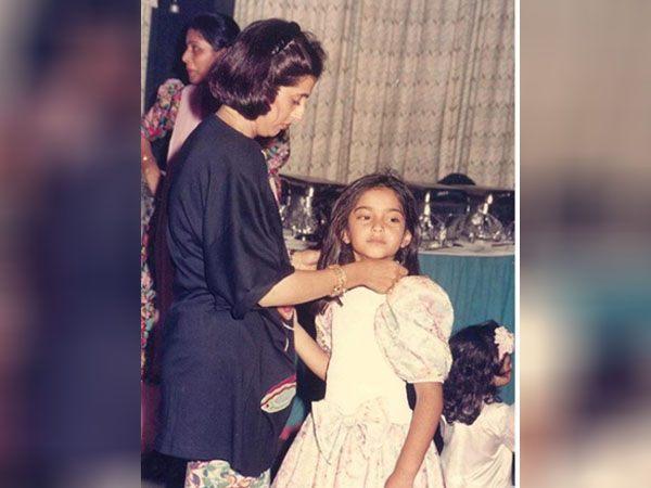 सोनम कपूर की मां सुनीता कपूर