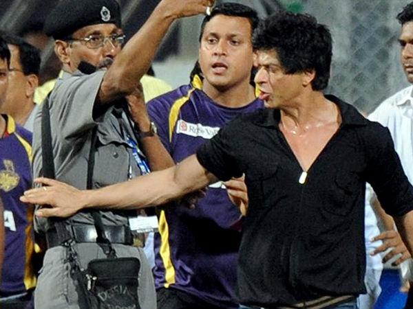 नशे में शाहरुख खान और उनका विवाद