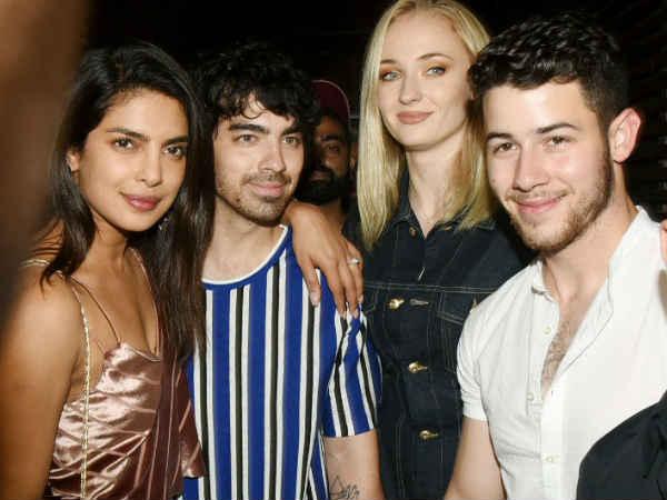 प्रियंका चोपड़ा के जेठ जेठानी जो जोनस और सोफी टर्नर बने माता पिता | Priyanka Chopra's in laws Joe Jonas and Sophie Turner welcome a baby girl