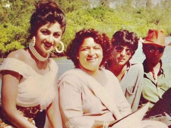 सरोज खान के निधन पर शिल्पा शेट्टी हुईं इमोशनल,