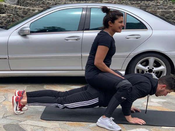 निक जोनस की पीठ पर बैठीं प्रियंका चोपड़ा- तेजी से वायरल हुई ये मजेदार तस्वीर