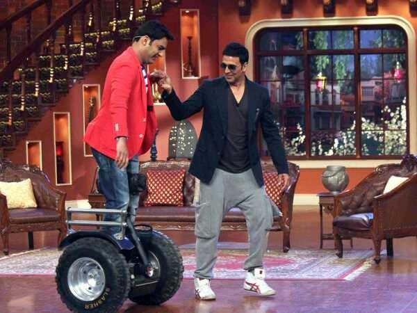 अक्षय कुमार की मार्केटिंग टीम को घूस देते हैं कपिल शर्मा? सुपरस्टार ने लगाया बड़ा आरोप!