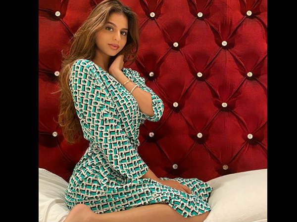 शाहरुख खान की बेटी सुहाना ने शेयर की अपनी खूबसूरत, ग्लैमरस तस्वीर- नव्या नंदा का आया कमेंट