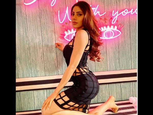 Bigg Boss 14: सेक्सी ब्लैक ड्रेस में निक्की तंबोली ने दिखाया अपना जादू, आग लगा देंगी ये तस्वीरें