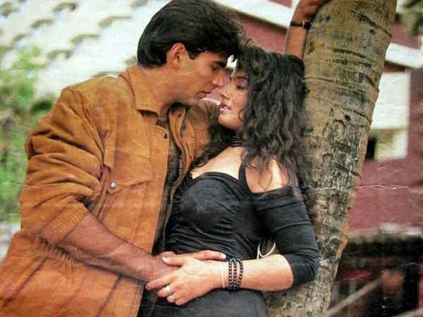 अक्षय कुमार से सगाई के बाद शादी के लिए रवीना टंडन ने छोड़ दिया था करियर, यूं मिला धोखा
