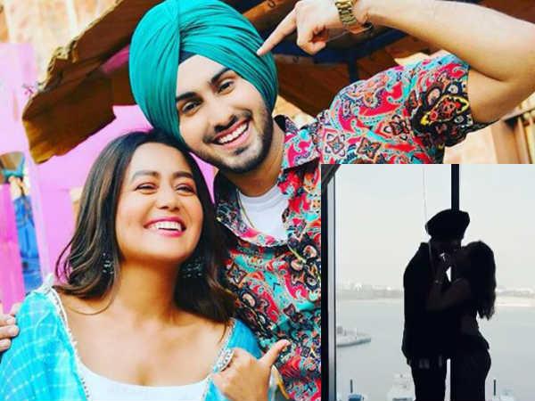 नेहा कक्कड़ और रोहनप्रीत सिंह का 'लिप लॉक' वीडियो वायरल, First Month एनिवर्सिरी