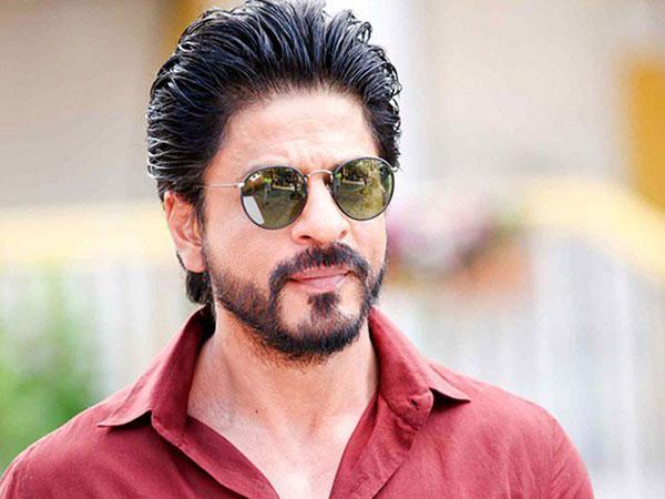 शाहरुख खान फैंस के लिए बड़ी खबर- दो सालों के बाद, किंग खान ने शुरु की एक्शन फिल्म 'पठान' की शूटिंग