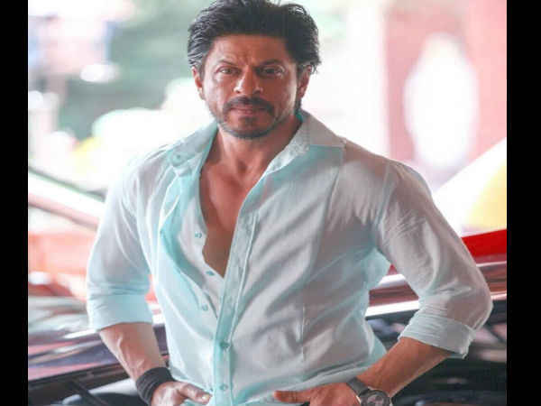 शाहरुख खान की 'पठान' के लिए 100 करोड़ की डील, फीस के बदले इतने करोड़ की डिमांड !