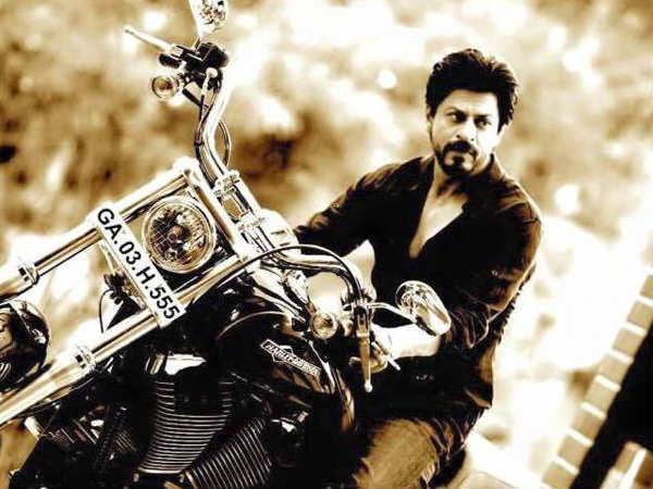 शाहरुख खान के पठान लुक को लॉन्च करने की ग्रैंड तैयारी? New Year पर फैंस को मिलेगा सबसे बड़ा तोहफा!