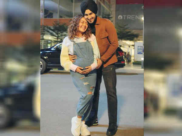neha-kakkar-stages-pregnancy-and-baby-bump-to-promote-her-next-song-say-reports