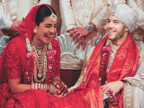 प्रियंका चोपड़ा और निक जोनस की शादी को दो साल पूरे, शेयर की प्यारी तस्वीरें