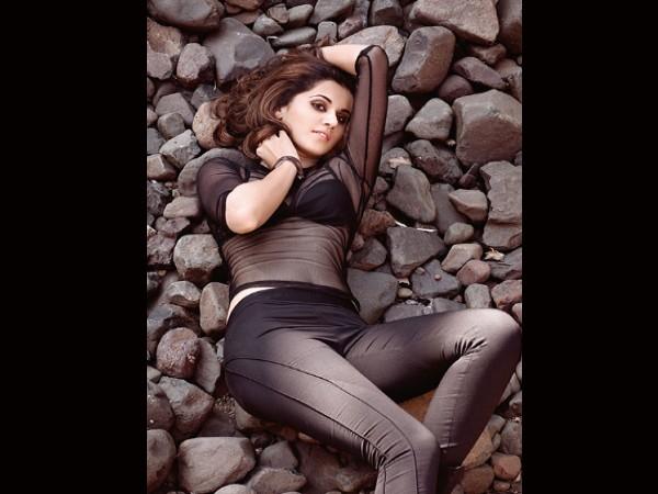बाथटब से वायरल हुई तापसी पन्नू की हॉट तस्वीर, नहीं देखी होगी अभिनेत्री की ऐसी PIC!