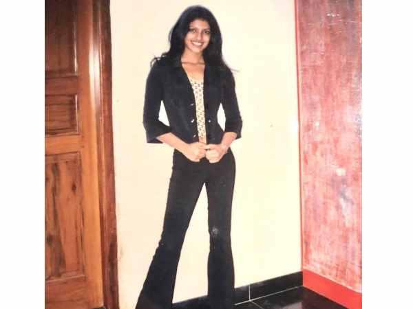 प्रियंका चोपड़ा ने शेयर की मॉडलिंग के दिनों की UNSEEN तस्वीर, 17 साल की उम्र में ऐसा था लुक