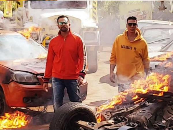 अक्षय कुमार स्टारर सूर्यवंशी को लेकर रोहित शेट्टी ने चली बड़ी चाल,थिएटर्स में रिलीज के लिए रखी बड़ी शर्तें!