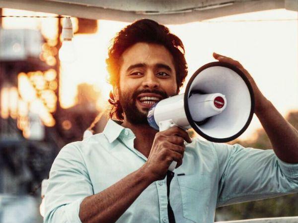 जैकी भगनानी ने देश के नाम अपने गीत 'मुस्कुराएगा इंडिया' के लिए जीता 'दादासाहेब फाल्के' अवार्ड!