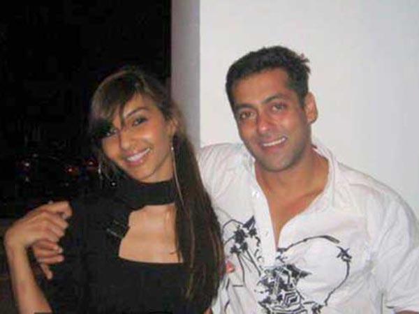 सलमान खान की एक्स गर्लफ्रेंड ने बताया मेरा हुआ है यौन शोषण Salman Khan ex girlfriend Somy ali talking about sexually abused - Hindi Filmibeat