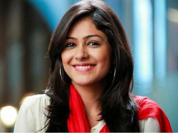 मृणाल ठाकुर ऐसे कर रही हैं अपनी अगली फिल्म 'पिप्पा' की तैयारी, सामने आई धमाकेदार डिटेल्स!