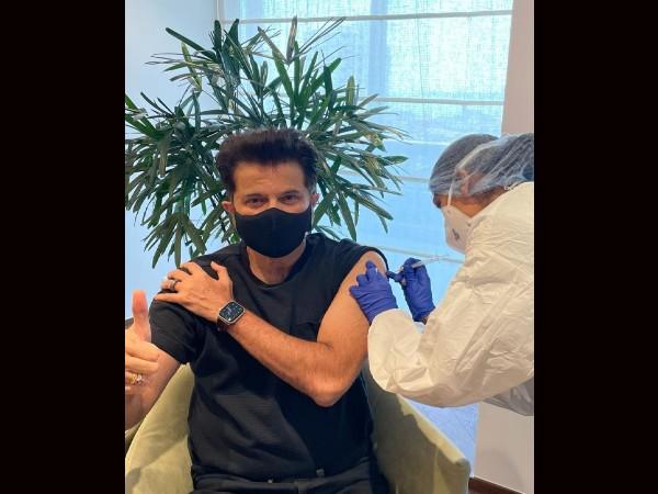 अनिल कपूर ने लिया कोरोना वैक्सीन का दूसरा डोज, बोले 'घर में रहो सुरक्षित रहो'