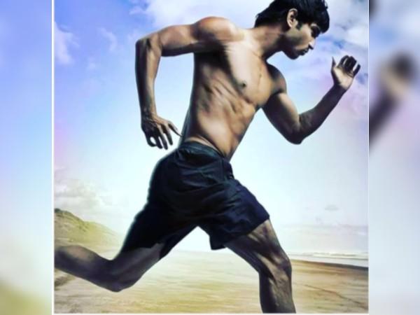 सुशांत सिंह राजपूत के दोस्त ने शेयर की पानी से अनदेखी तस्वीर - आदित्य चोपड़ा के साथ अति विवादित फिल्म