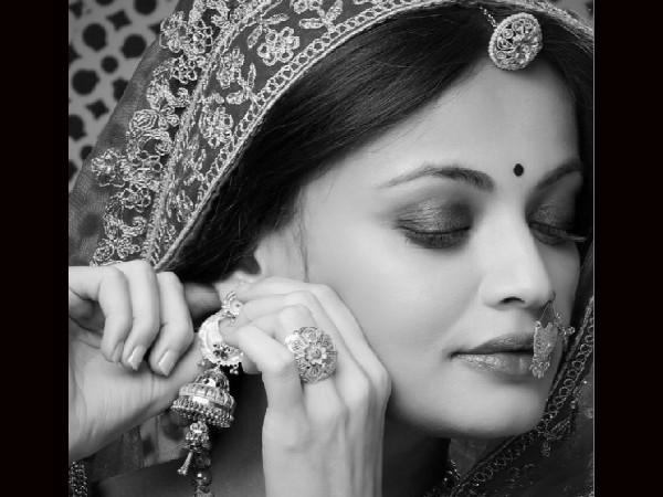 ऐश्वर्या राय बच्चन की जुड़वा बहन लग रहीं हैं स्नेहा उल्लाल, वायरल हुई लेटेस्ट तस्वीर!
