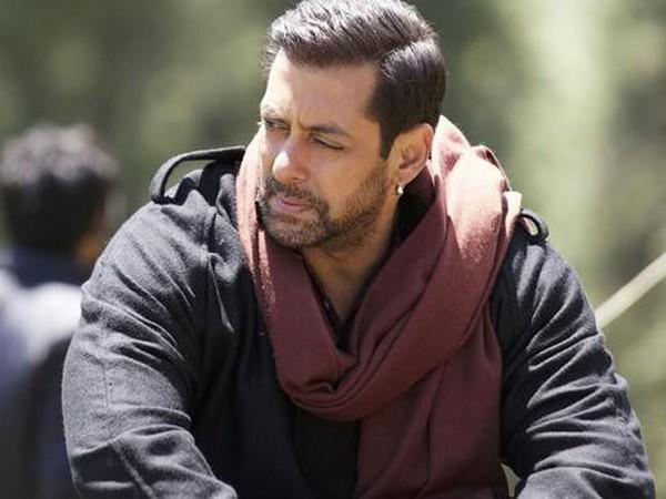 'कभी ईद कभी दिवाली' नहीं, 'भाईजान' होगी सलमान खान की नई फिल्म- बड़ा ट्विस्ट! | Salman khan Kabhi Eid Kabhi Diwali movie title may change to bhaijaan