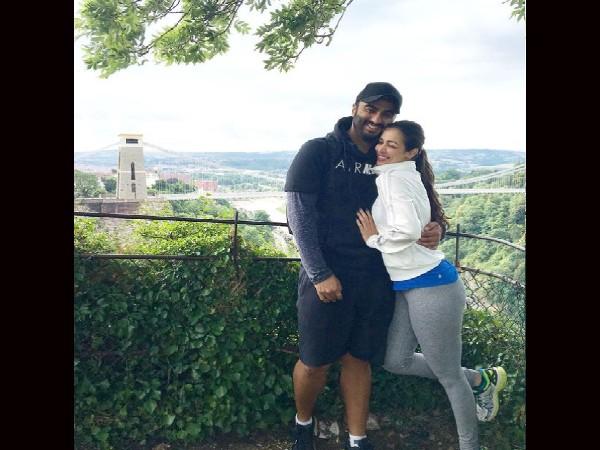 मलाइका अरोड़ा ने रोमांटिक तस्वीर पोस्ट करते हुए अर्जुन कपूर को किया विश, मना रहे हैं जन्मदिन!