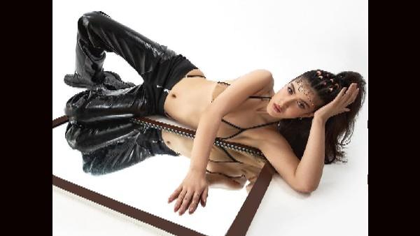 शनाया कपूर को डांस क्लास जाते ही कैसा लगता है? हॉट तस्वीर के साथ किया खुलासा!