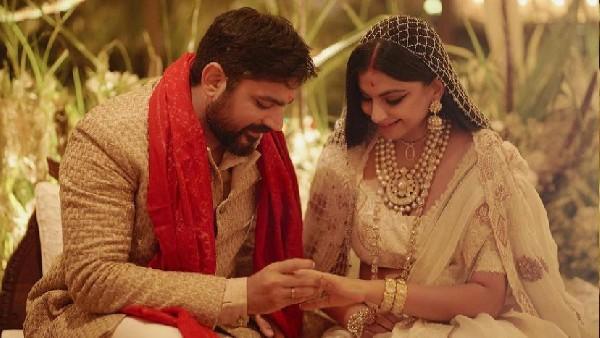 रिया कपूर और करण बूलानी की सगाई की तस्वीर आई सामने, शादी के बाद सामने आई पहली तस्वीर!