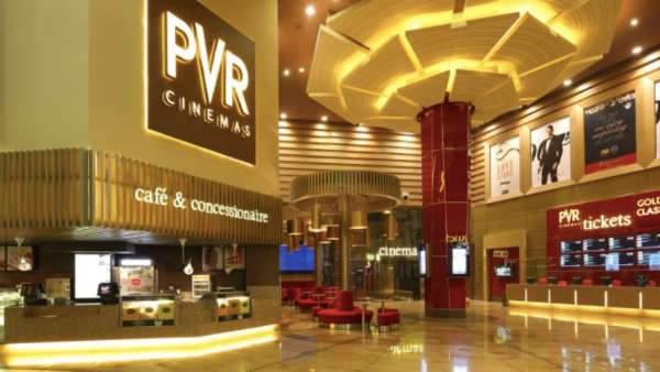 महाराष्ट्र सरकार से फिल्म इंडस्ट्री ने की थियेटर्स खोलने की अपील, हो चुका है 4800 करोड़ का नुकसान